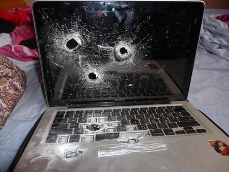 Laptop%20shot.jpg