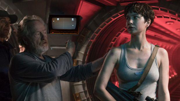 ET-alien-pong.jpg