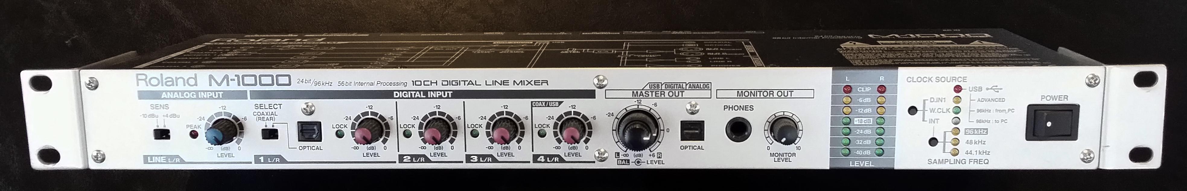 Roland-M1000-1.jpg