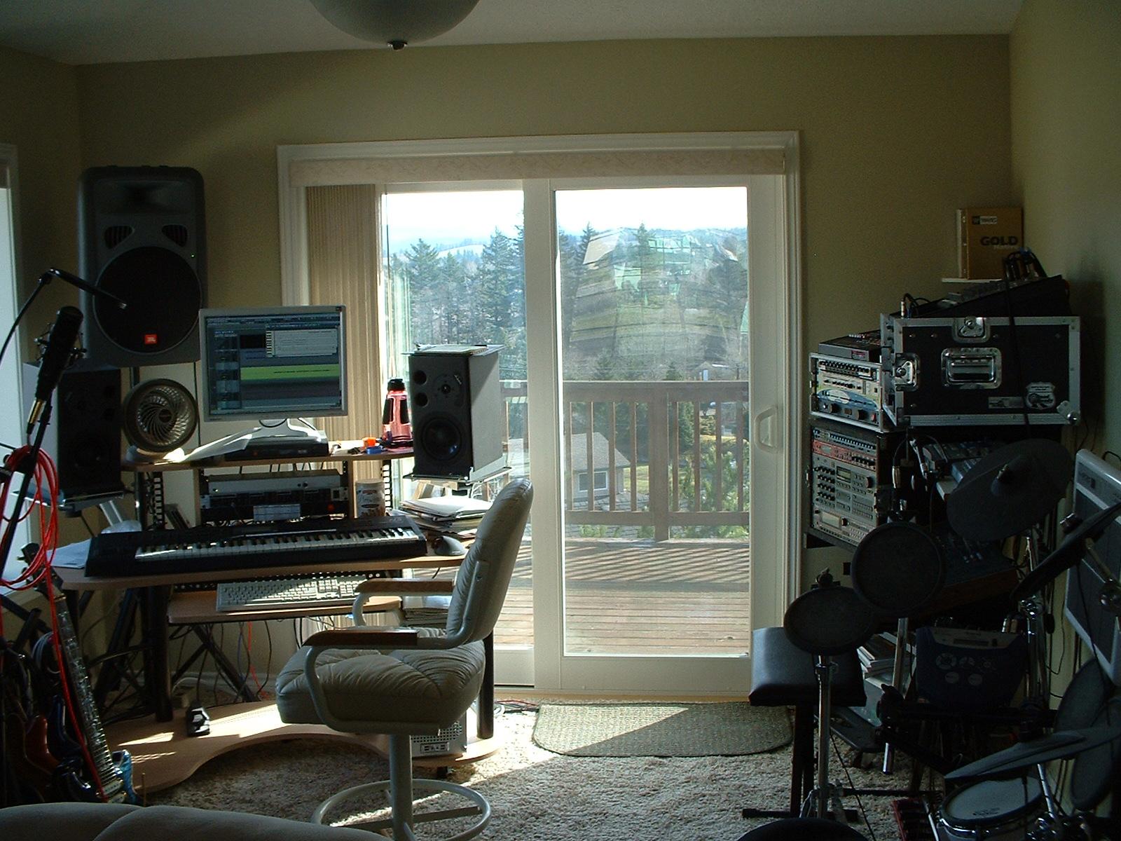 01-Studio2010-14.jpg