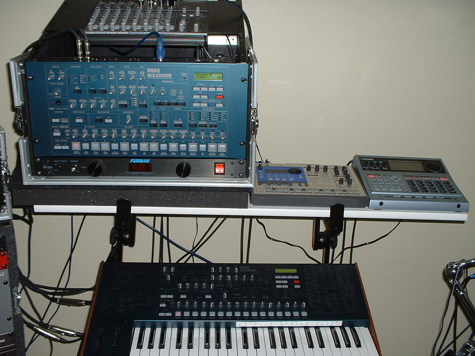 11-Studio2010-03.jpg